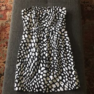 Laundry by Shelli Segal strapless patterned dress